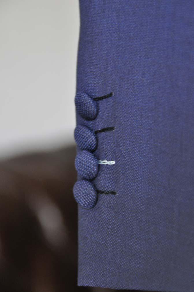 DSC0429 お客様のウエディング衣装の紹介-Biellesi 無地ネイビースーツ ブルーストライプベスト-