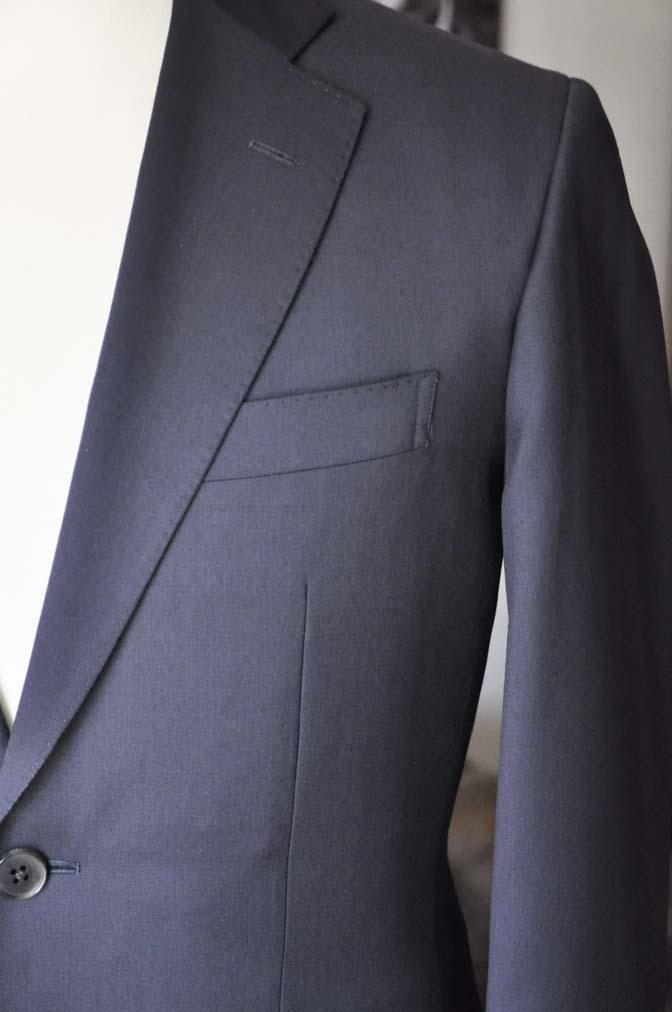 DSC04291 お客様のスーツの紹介- Biellesi 無地ネイビースーツ-