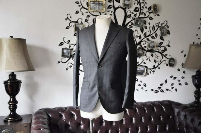 DSC0430-3 お客様のジャケットの紹介-Biellesi グレーヘリンボーンジャケット- 名古屋の完全予約制オーダースーツ専門店DEFFERT
