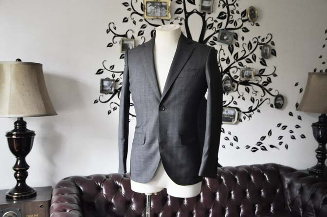 DSC0430-3 お客様のジャケットの紹介-Biellesi グレーヘリンボーンジャケット-