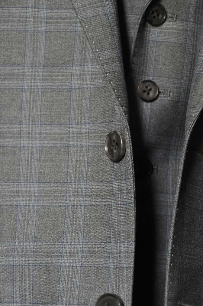 DSC0431-1 お客様のスーツの紹介- Loro Piana グレーチェックスリーピース- 名古屋の完全予約制オーダースーツ専門店DEFFERT