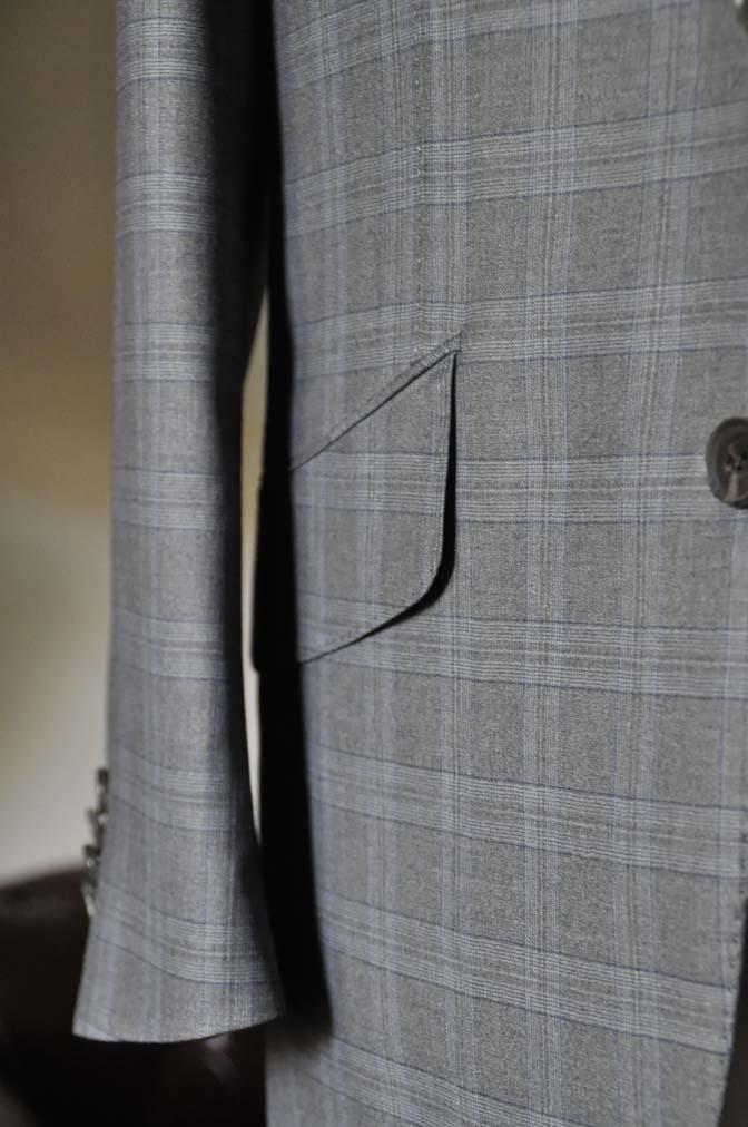 DSC0432-1 お客様のスーツの紹介- Loro Piana グレーチェックスリーピース- 名古屋の完全予約制オーダースーツ専門店DEFFERT