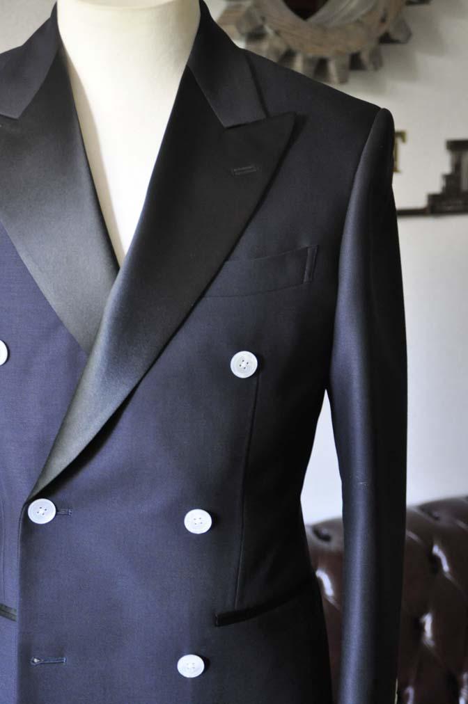 DSC0432-3 お客様のウエディング衣装の紹介- Biellesiネイビーダブルタキシード-DSC0432-3 お客様のウエディング衣装の紹介- Biellesiネイビーダブルタキシード- 名古屋市のオーダータキシードはSTAIRSへ