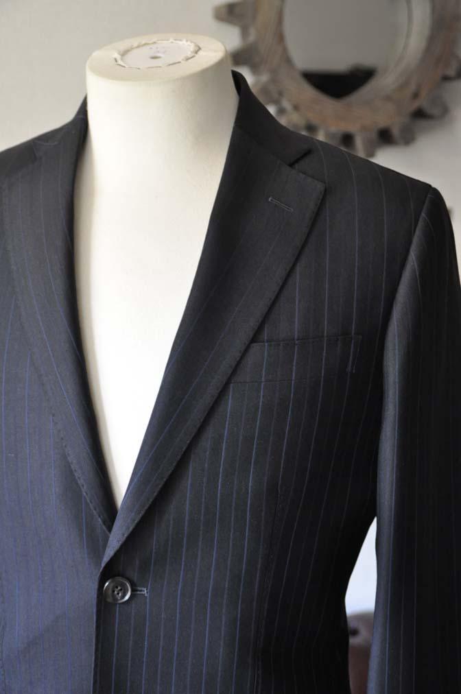 DSC0433-2 お客様のスーツの紹介- Biellesi ネイビーストライプスーツ-