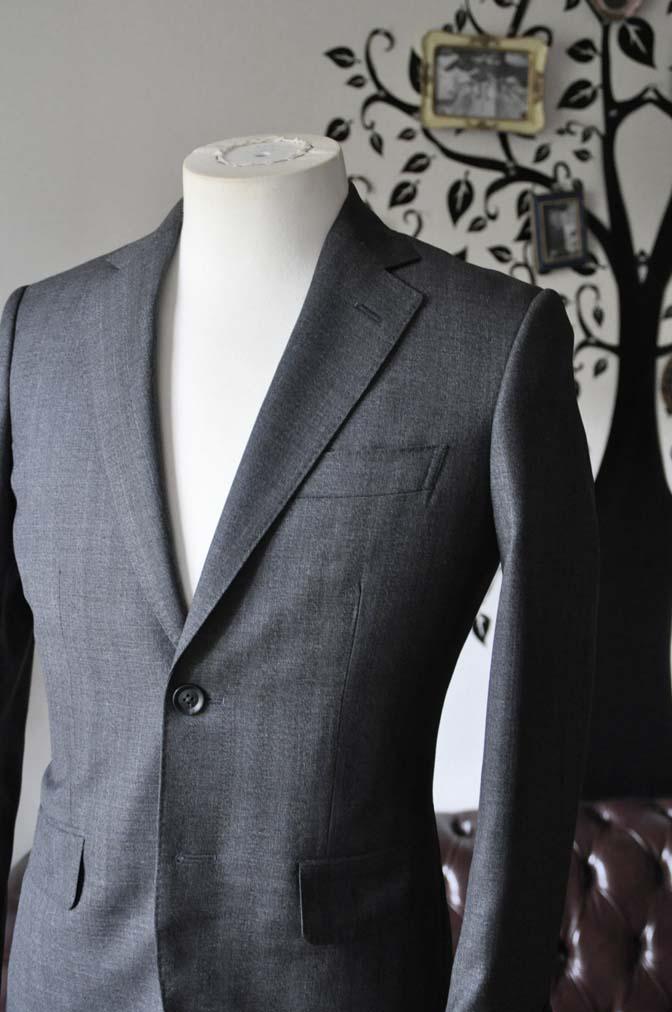 DSC0433-4 お客様のジャケットの紹介-Biellesi グレーヘリンボーンジャケット- 名古屋の完全予約制オーダースーツ専門店DEFFERT