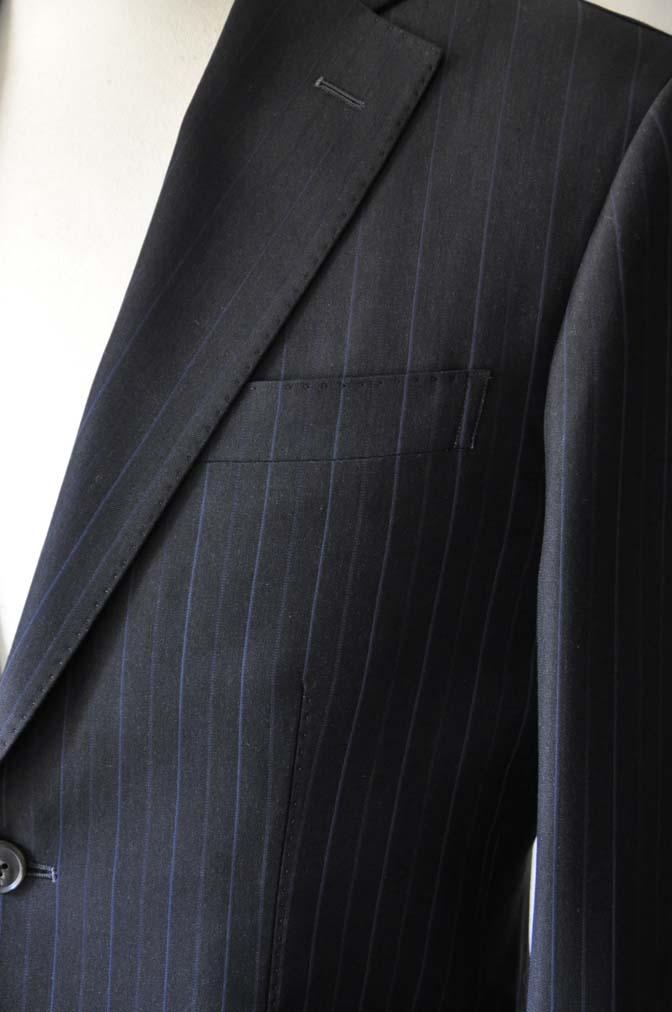 DSC0434-1 お客様のスーツの紹介- Biellesi ネイビーストライプスーツ-