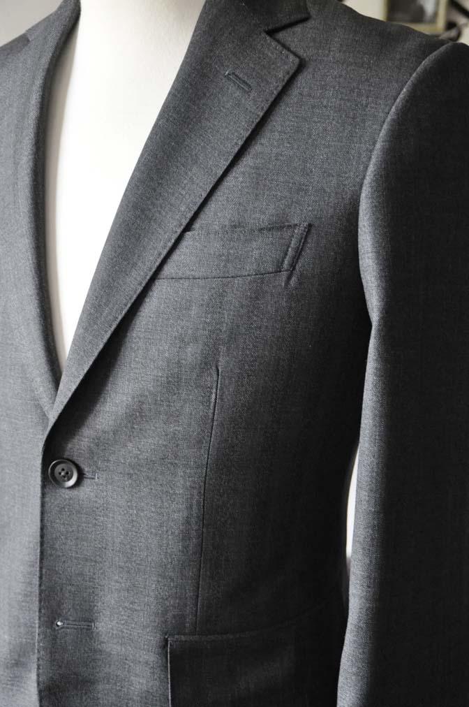 DSC0435-4 お客様のジャケットの紹介-Biellesi グレーヘリンボーンジャケット- 名古屋の完全予約制オーダースーツ専門店DEFFERT