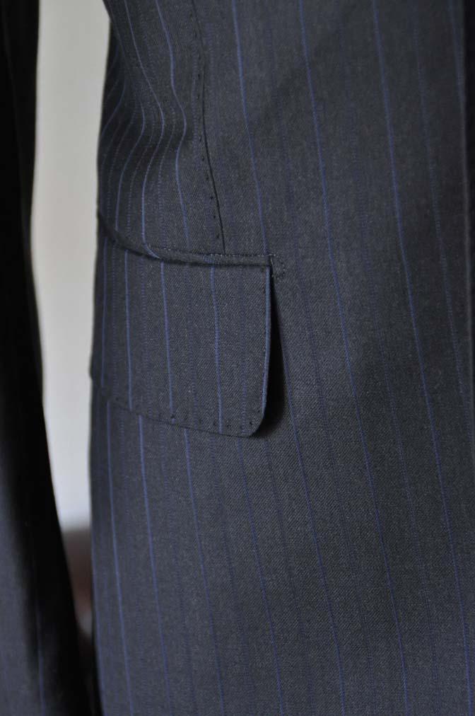 DSC0436-1 お客様のスーツの紹介- Biellesi ネイビーストライプスーツ-