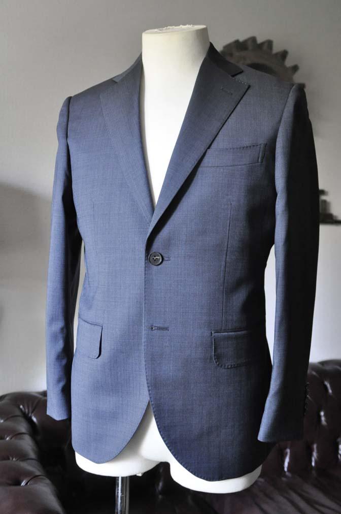 DSC0436-2 お客様のスーツの紹介- Biellesi 無地ネイビースーツ- 名古屋の完全予約制オーダースーツ専門店DEFFERT