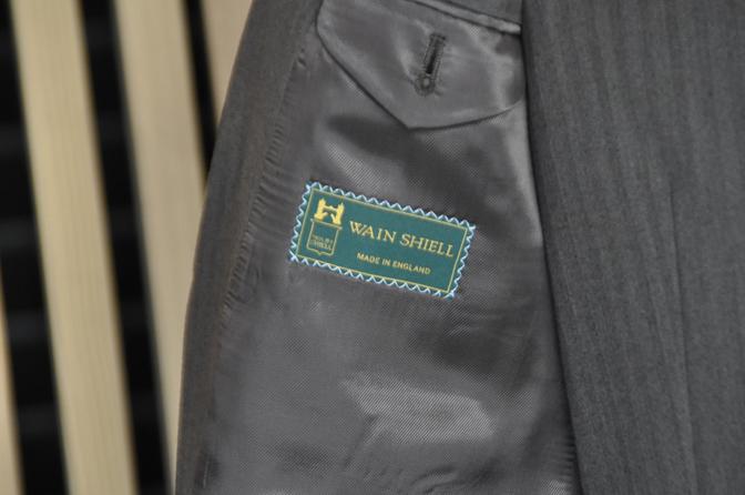 DSC0436-5 オーダースーツの紹介-Wain Shiell KNIGHT BRIDGE ブラウンダブルスリーピース- 名古屋市西区那古野オーダースーツ専門店