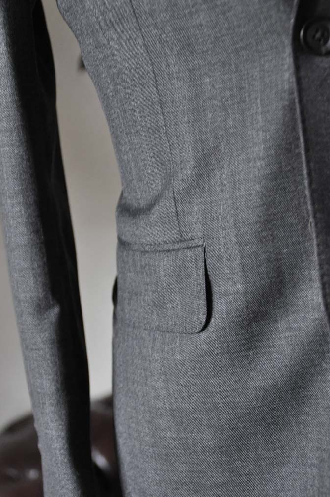 DSC0437-3 お客様のジャケットの紹介-Biellesi グレーヘリンボーンジャケット- 名古屋の完全予約制オーダースーツ専門店DEFFERT