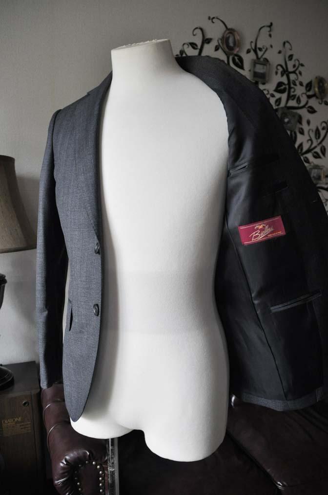DSC0439-3 お客様のジャケットの紹介-Biellesi グレーヘリンボーンジャケット- 名古屋の完全予約制オーダースーツ専門店DEFFERT