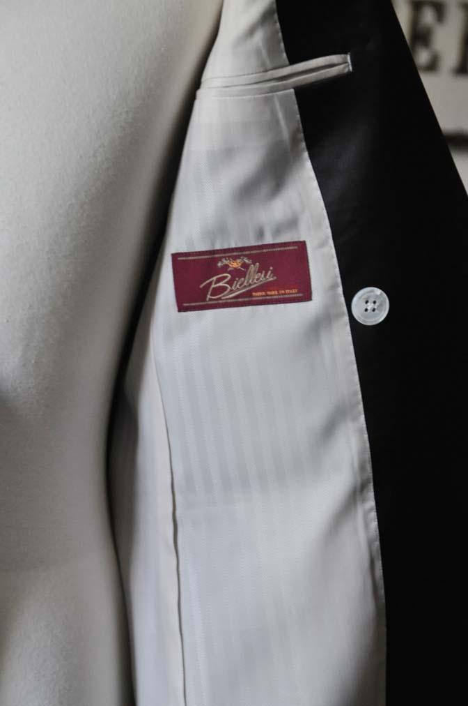 DSC0440-3 お客様のウエディング衣装の紹介- Biellesiネイビーダブルタキシード-DSC0440-3 お客様のウエディング衣装の紹介- Biellesiネイビーダブルタキシード- 名古屋市のオーダータキシードはSTAIRSへ