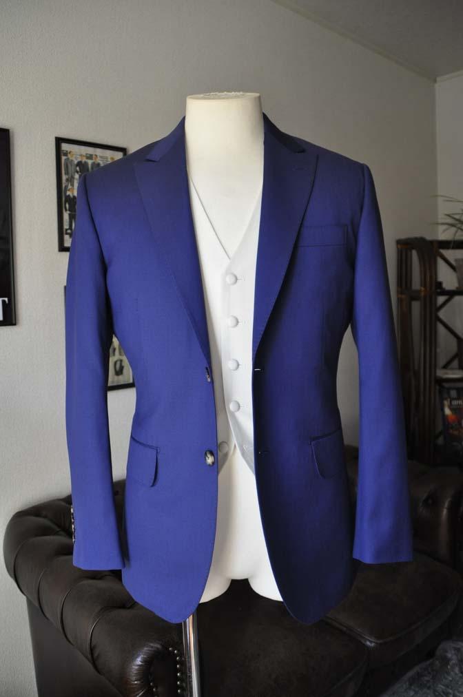 DSC0441-1 お客様のウエディング衣装の紹介- Biellesi ネイビースーツ ホワイトベスト-