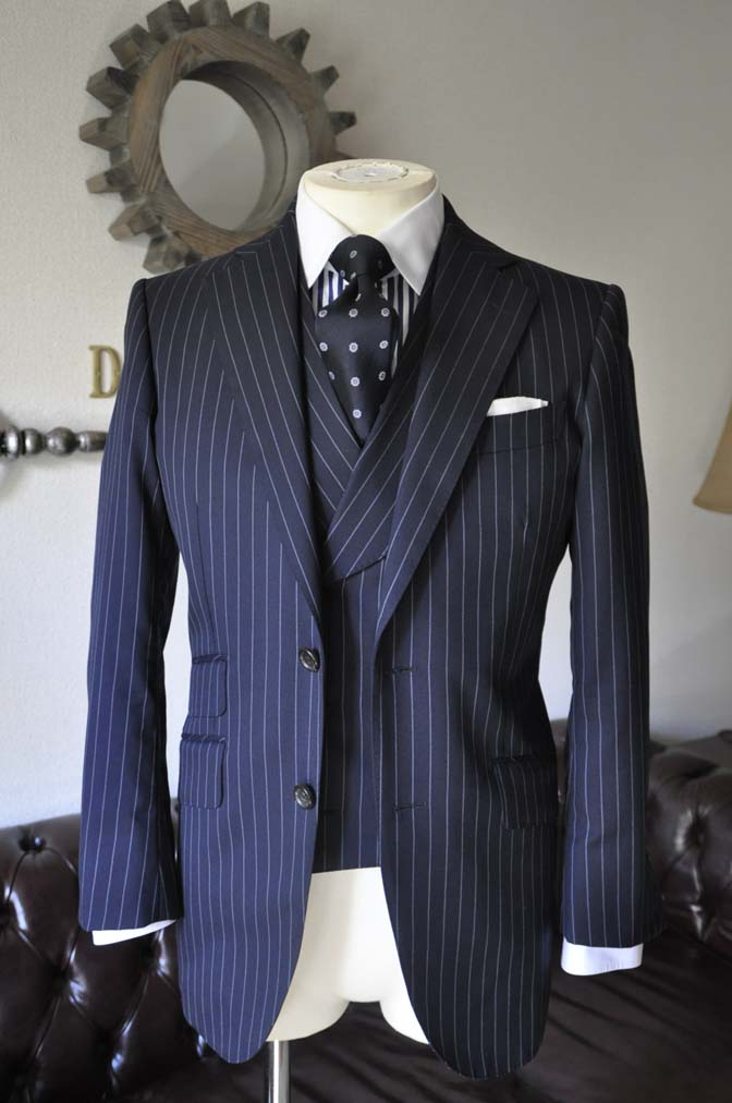 DSC0442-3 お客様のスーツの紹介 名古屋の完全予約制オーダースーツ専門店DEFFERT