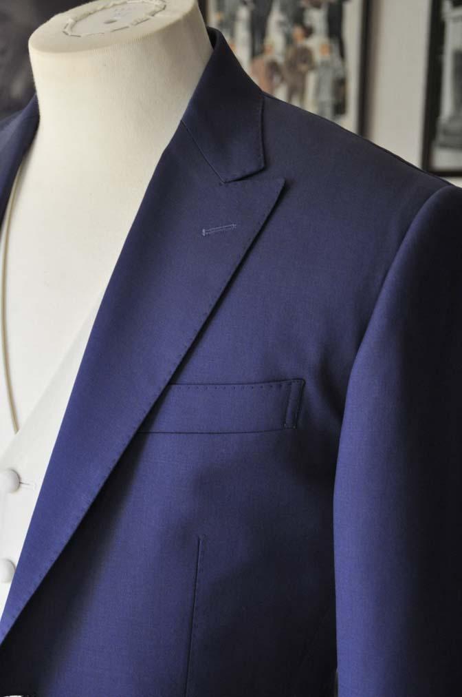 DSC0445-1 お客様のウエディング衣装の紹介- Biellesi ネイビースーツ ホワイトベスト-