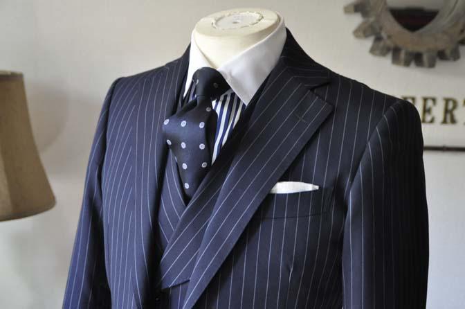 DSC0448-3 お客様のスーツの紹介 名古屋の完全予約制オーダースーツ専門店DEFFERT