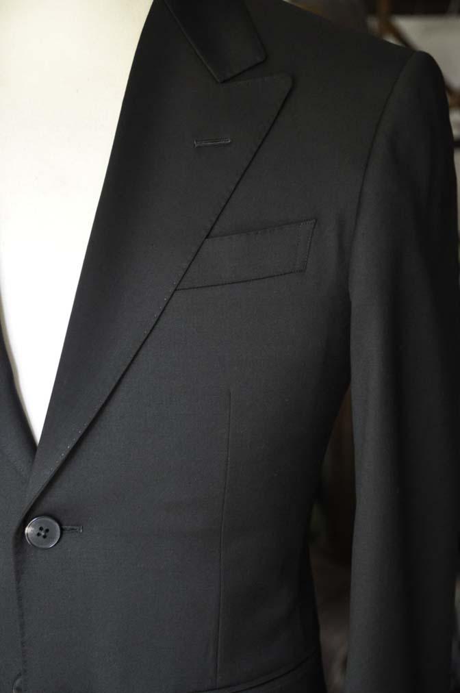 DSC04481 お客様のスーツの紹介-Biellesi ブラックスーツ-