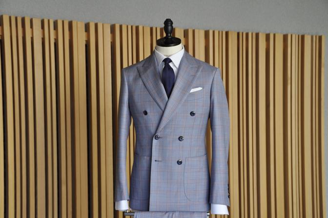 DSC0449-5 オーダースーツの紹介- SCABAL LONDONER ネイビーチェック ダブルで衿付きベストのスリーピース- 名古屋の完全予約制オーダースーツ専門店DEFFERT