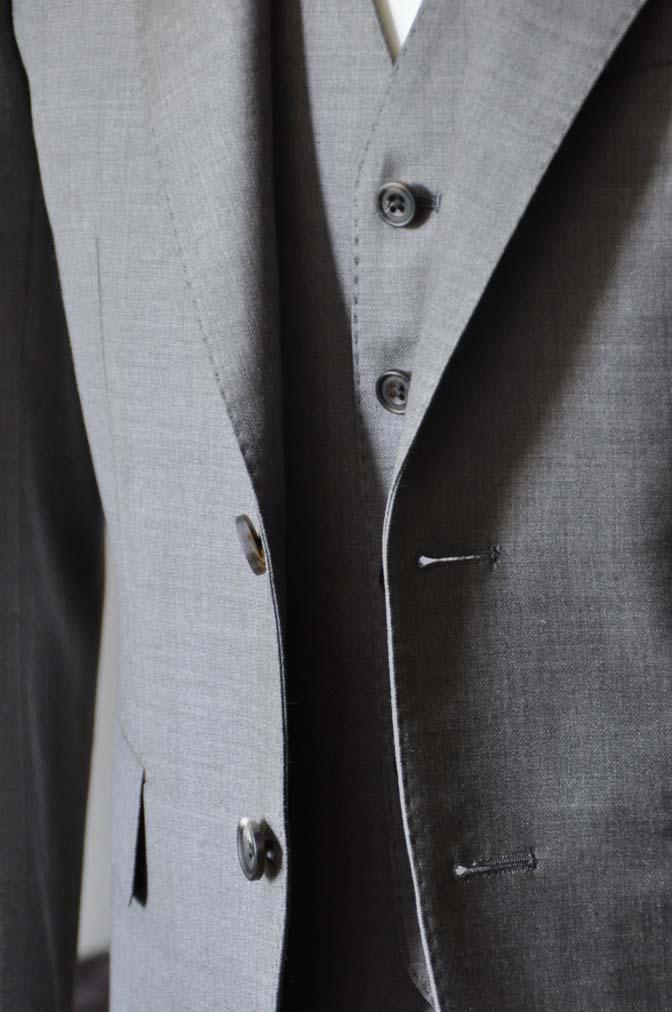 DSC0451-1 スーツの紹介- 御幸毛織 ライトブラウンスリーピース-