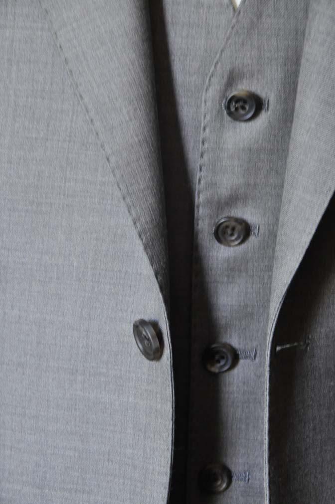DSC0452-3 スーツの紹介- 御幸毛織 ライトブラウンスリーピース-