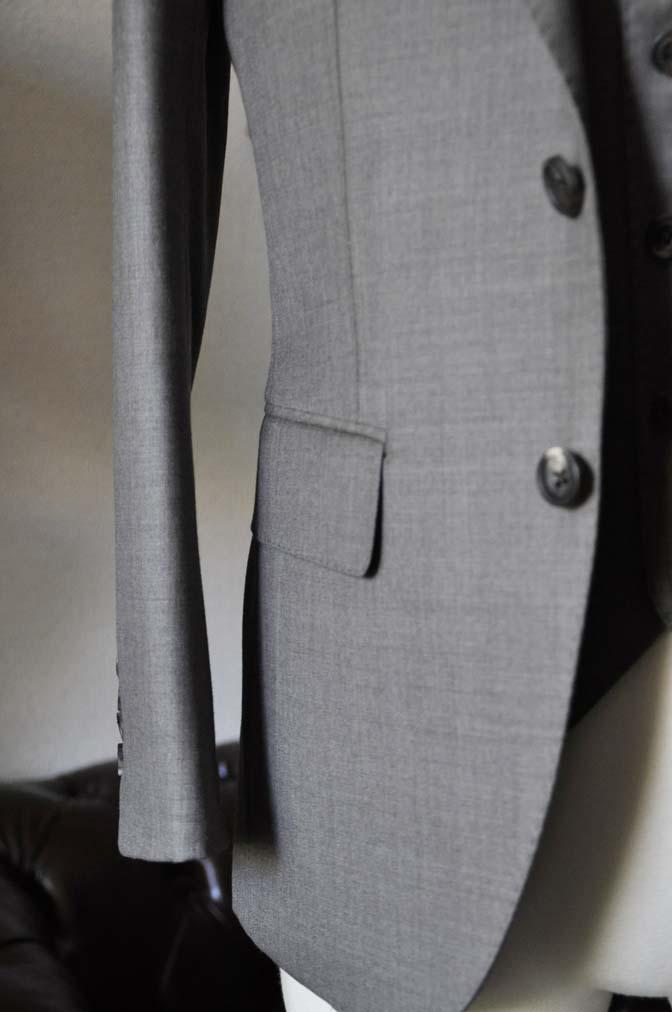 DSC0453-2 スーツの紹介- 御幸毛織 ライトブラウンスリーピース-