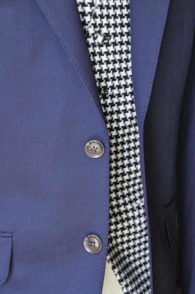 DSC0457-3 お客様のウエディング衣装の紹介- Biellesi無地ネイビースーツ 千鳥格子ベスト- 名古屋の完全予約制オーダースーツ専門店DEFFERT