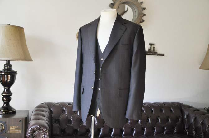 DSC0459-2 お客様のスーツの紹介-Biellesiダークブラウンウィンドペン スリーピース-