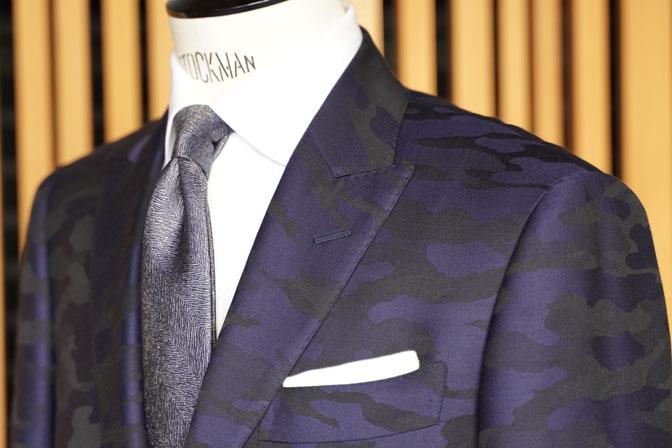 DSC04607 オーダースーツの紹介-Collezioni Biellesi ネイビー迷彩柄 成人式用スーツ-