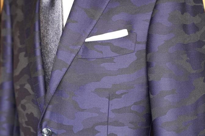 DSC04608 オーダースーツの紹介-Collezioni Biellesi ネイビー迷彩柄 成人式用スーツ-