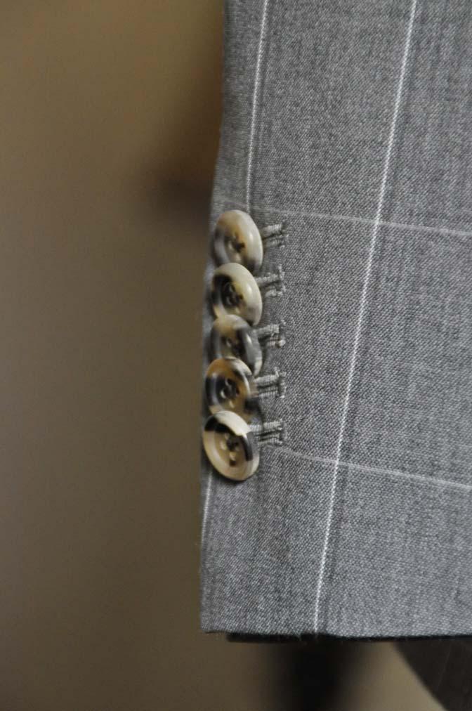 DSC0461 お客様のスーツの紹介- DARROW DALE グレーウィンドペン-
