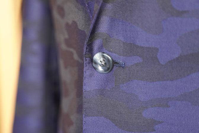 DSC04610 オーダースーツの紹介-Collezioni Biellesi ネイビー迷彩柄 成人式用スーツ-