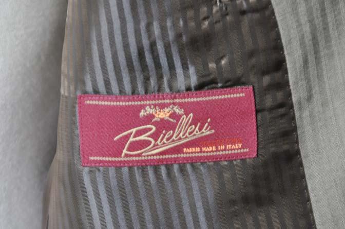 DSC0469-3 お客様のスーツの紹介- Biellesi ライトブラウンヘリンボーンスーツ-