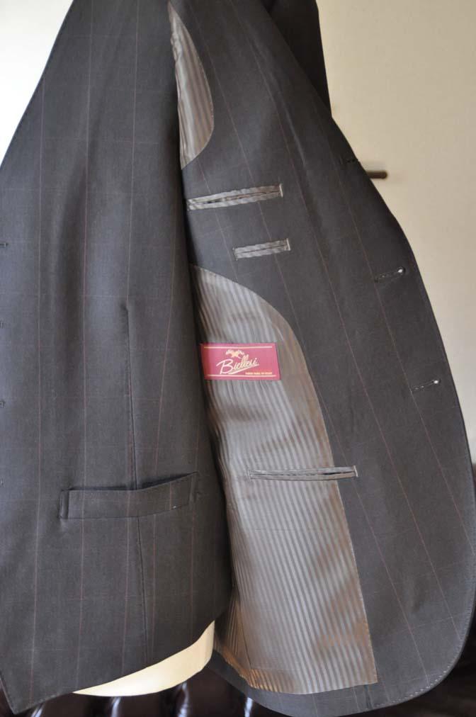 DSC0473-4 お客様のスーツの紹介-Biellesiダークブラウンウィンドペン スリーピース-