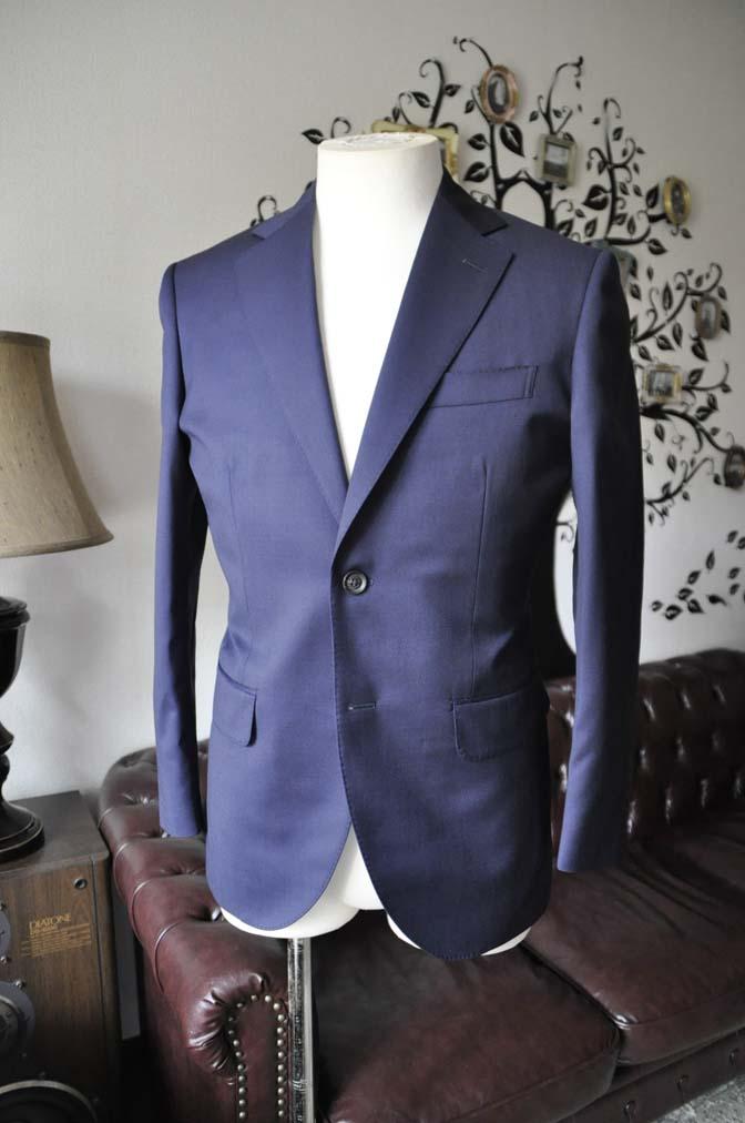 DSC0473-6 お客様のスーツの紹介-Biellesi無地ネイビースーツ-