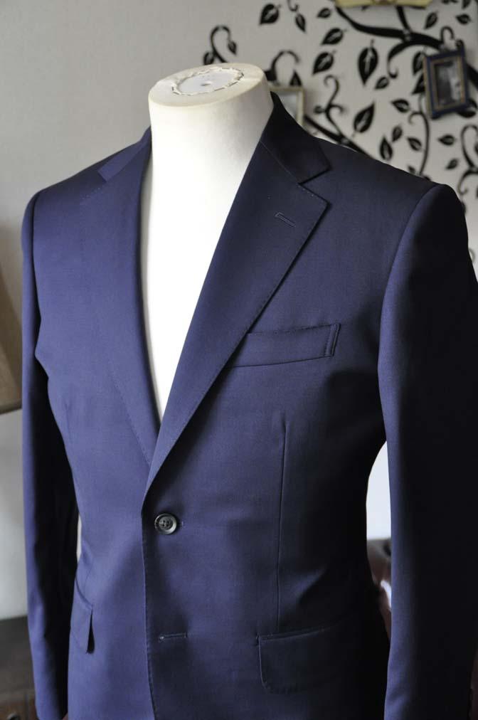 DSC0474-3 お客様のスーツの紹介-Biellesi無地ネイビースーツ-