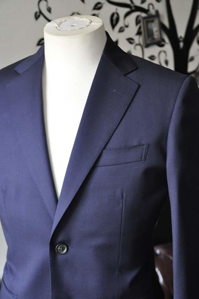 DSC0475-2 お客様のスーツの紹介-Biellesi無地ネイビースーツ-