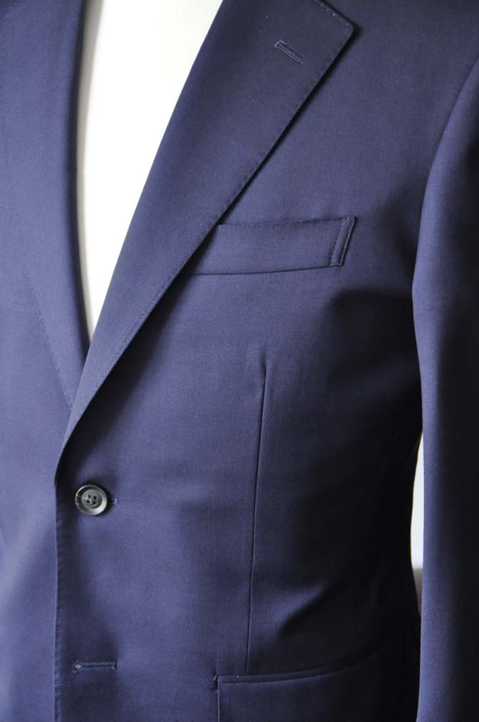 DSC0476-4 お客様のスーツの紹介-Biellesi無地ネイビースーツ-