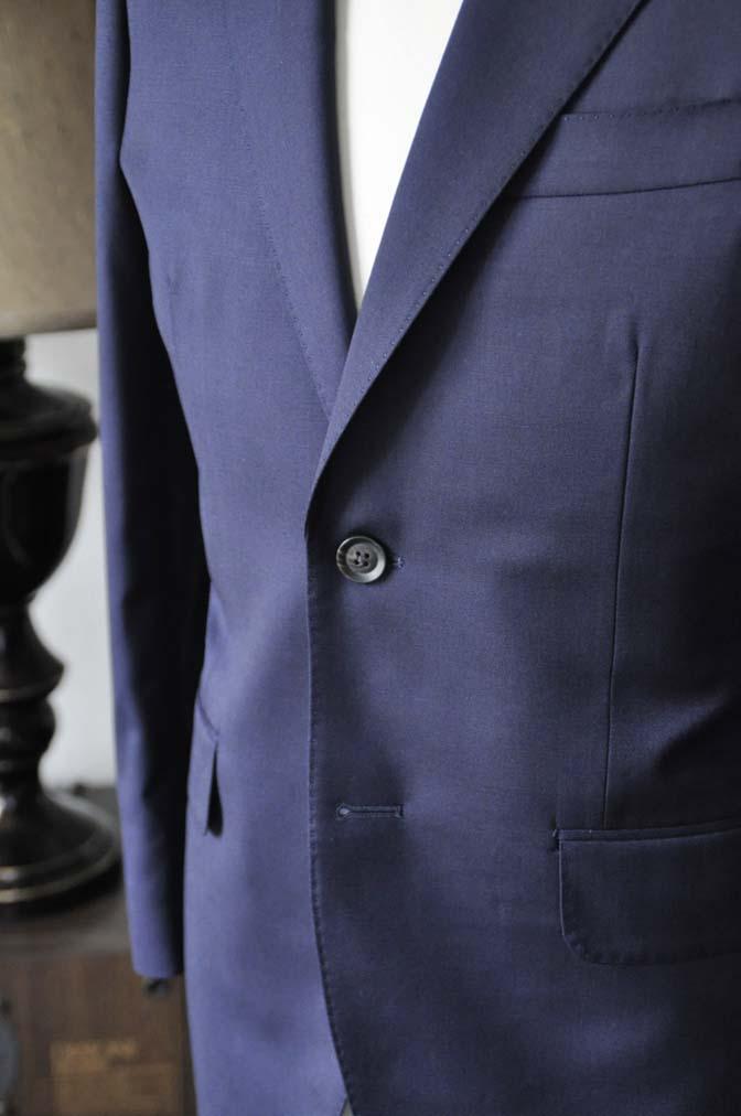 DSC0477-4 お客様のスーツの紹介-Biellesi無地ネイビースーツ-