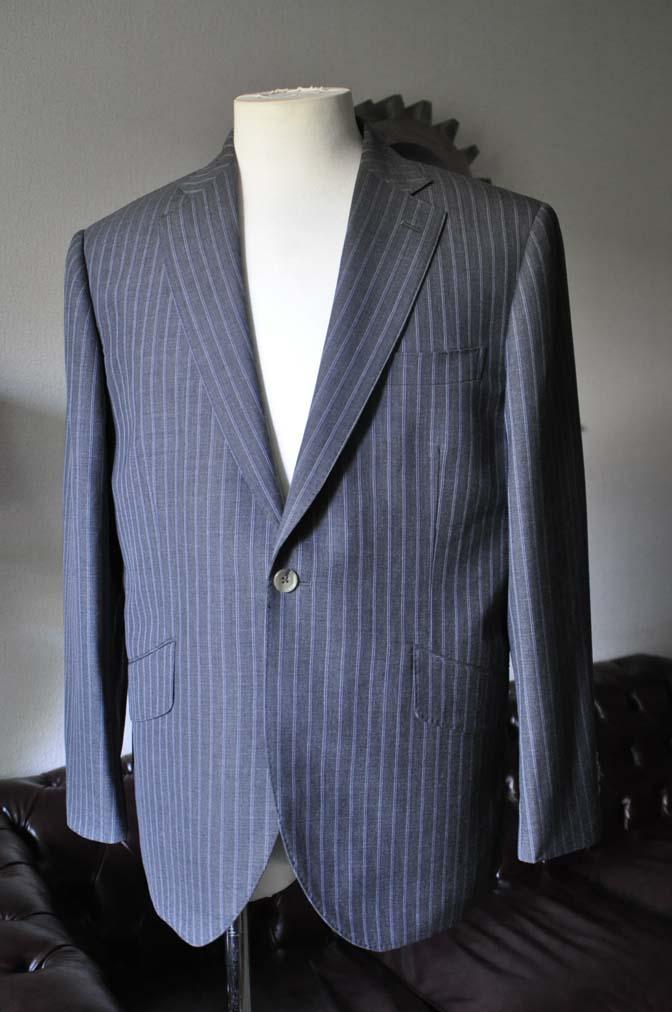 DSC0480-3 お客様のスーツの紹介- DARROW DALE グレーストライプスーツ-