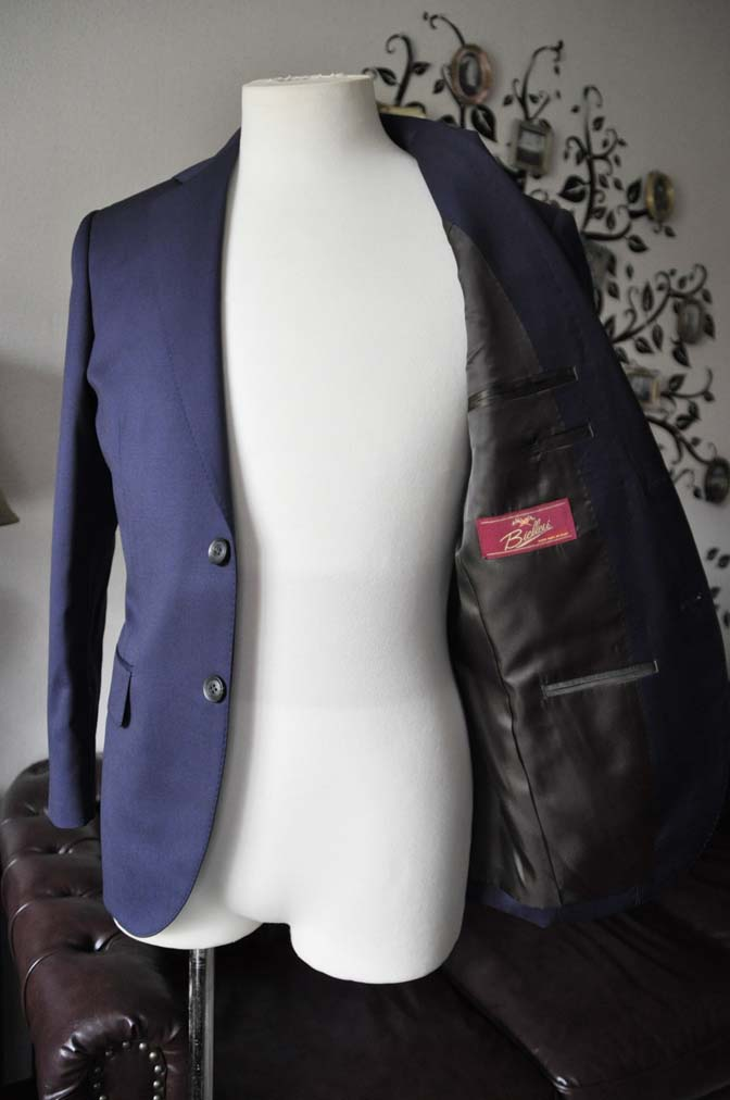 DSC0480-5 お客様のスーツの紹介-Biellesi無地ネイビースーツ-