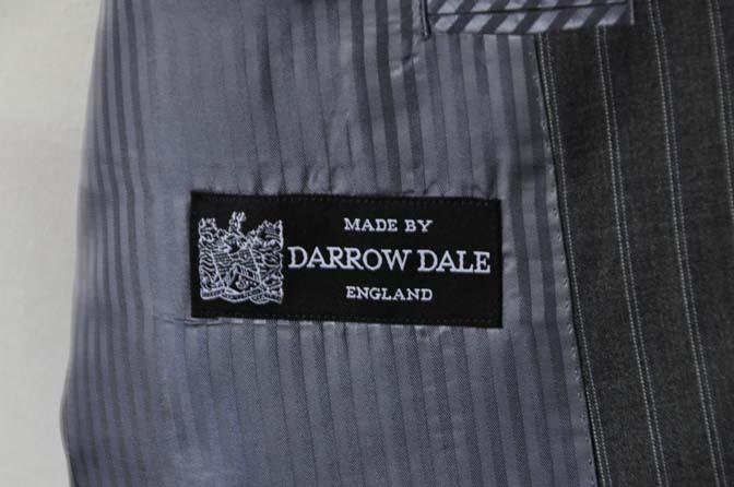 DSC0484-7 お客様のスーツの紹介- DARROW DALE グレーストライプスーツ-