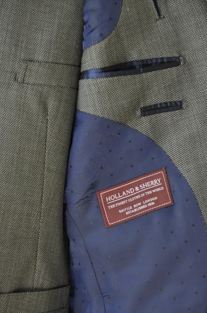 DSC04861 お客様のスーツの紹介-HOLLAND&SHERRY グレーバーズアイスリーピース-
