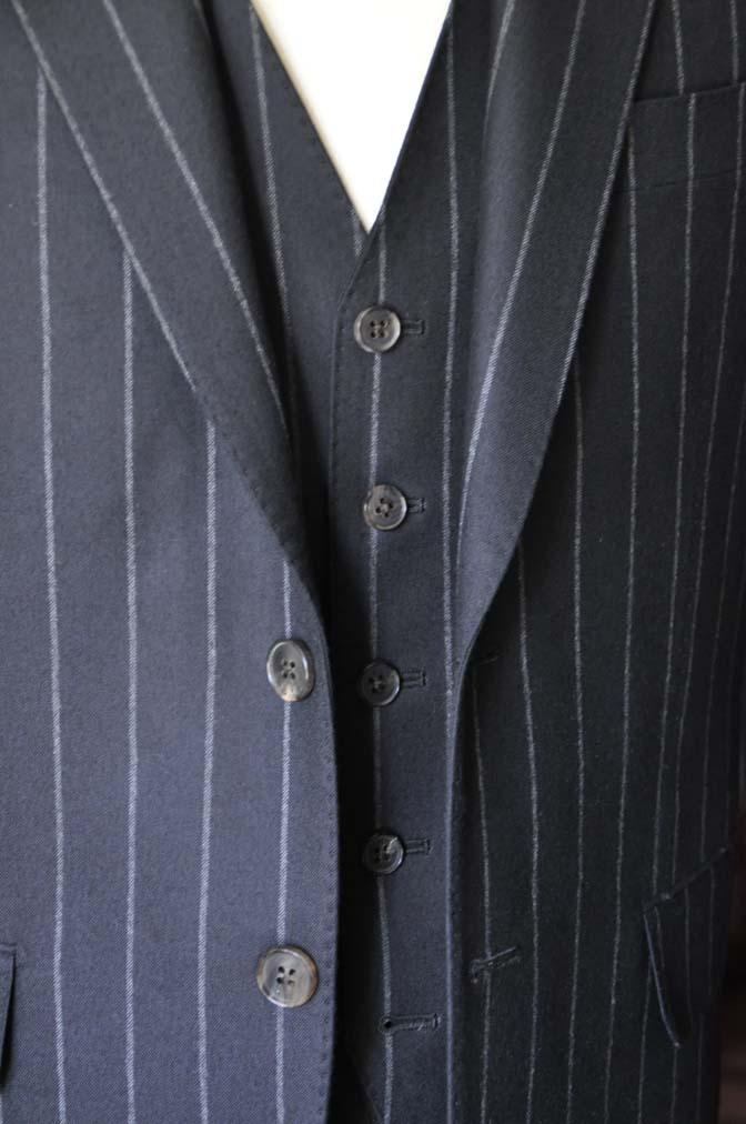 DSC0487-2 お客様のスーツの紹介- 御幸毛織 NAPOLENA(ナポレナ) フランネルブラックストライプ スリーピース-