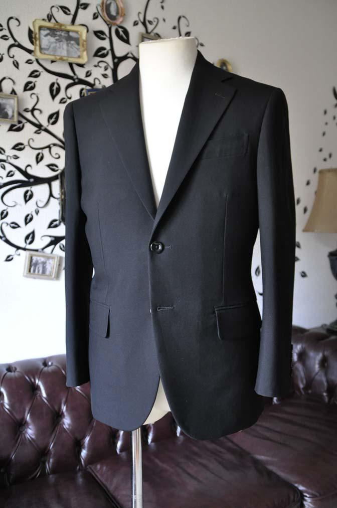 DSC0487-4 お客様のスーツの紹介-無地ブラックスーツ-