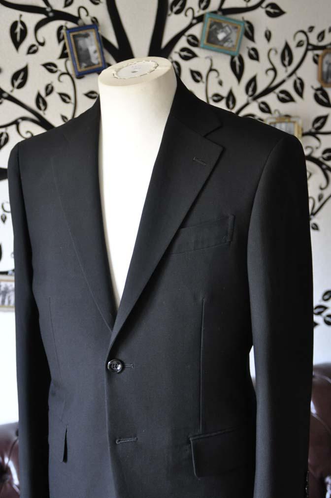 DSC0488-6 お客様のスーツの紹介-無地ブラックスーツ-