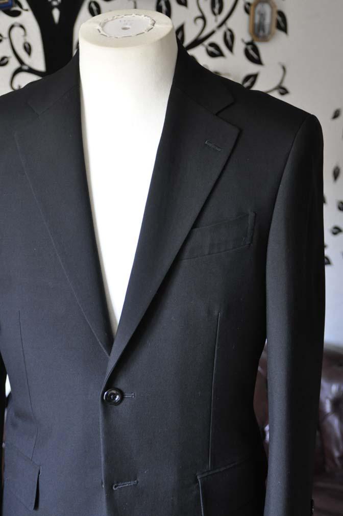DSC0489-5 お客様のスーツの紹介-無地ブラックスーツ-