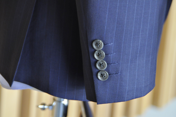 DSC0490-8 オーダースーツの紹介-Biellesiネイビーストライプスーツ- 名古屋の完全予約制オーダースーツ専門店DEFFERT