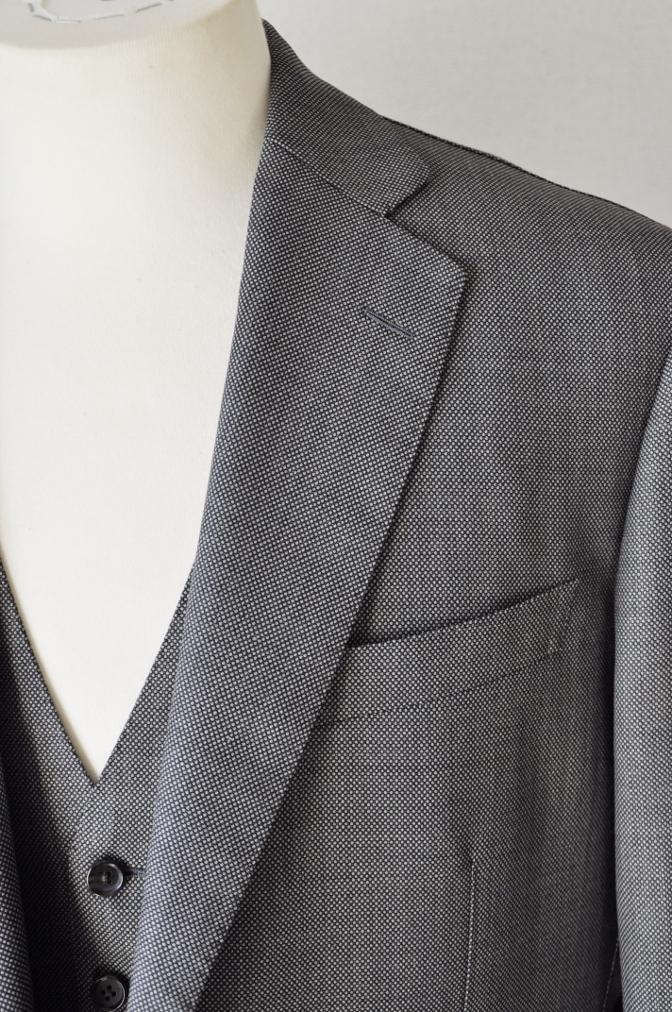 DSC04901 お客様のスーツの紹介-HOLLAND&SHERRY グレーバーズアイスリーピース-