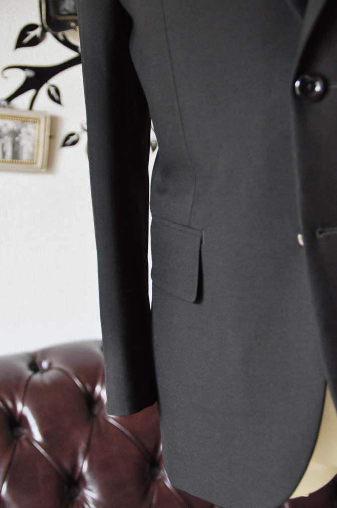 DSC0492-2 お客様のスーツの紹介-無地ブラックスーツ-
